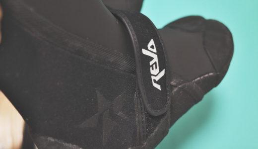 冬のサーフィンにおすすめの防寒具「サーフブーツ・グローブ、ヘッドキャップ」