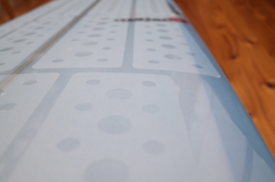 グリップ力の高いオススメのサーフボード用ワックスシート