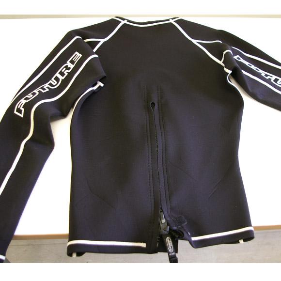 BODY GLOVE 半袖タッパー 中古ウェットスーツ  リア部 bno9629205b