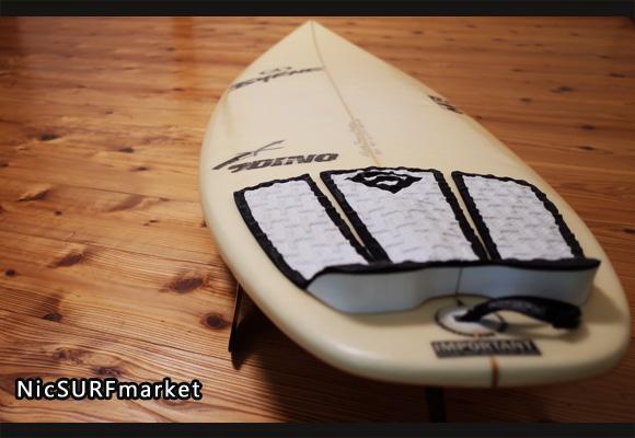 BYRNE 中古ショートボード 5`11 DINO EPS deck-detail 96291246