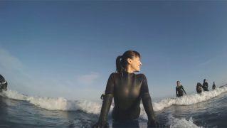 「綾瀬はるか」宮崎でサーフィン初体験…