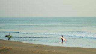 サーフィンで覚えておきたい「マナーとルール」