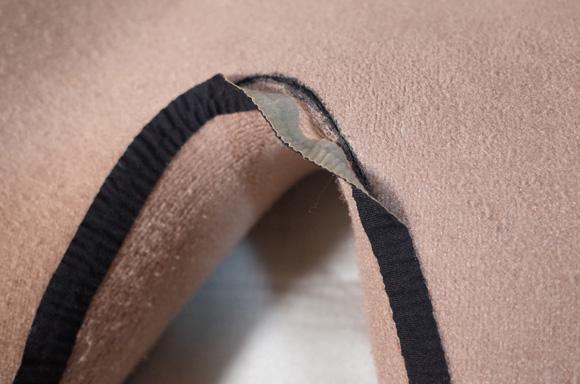 ウェットスーツのインナー部のリペア シームテープ(メルコテープ)の剥がれ