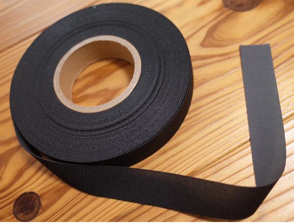 ウェットスーツのリペア用のシームテープ(メルコテープ)