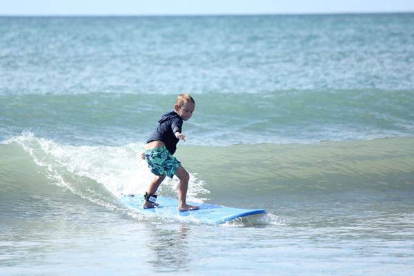 初心者のサーフィン